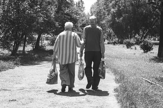 Pflege als Belastungsprobe für Familien